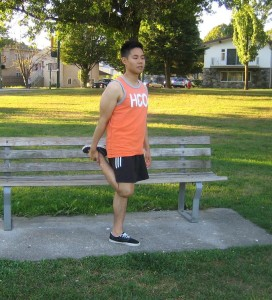 There are several ways to prevent shin splints, such as doing strength and flexibility exercises of the lower legs